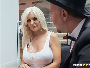 stunning blonde Tommie Jo taking it deep in her cooter