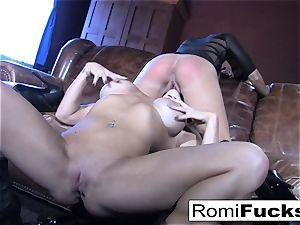 Romi Rain super-fucking-hot lezzy fuck-fest