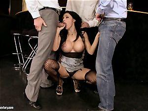 Aletta Ocean gangbang as she faceholes a nasty gang