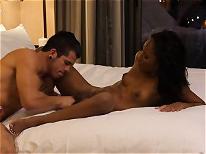gobbling out ebony hotty Ashley pink in hotel room