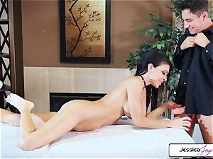Jessica Jaymes takes Brad's immense manhood and gets humped