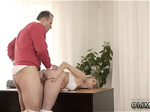 older ravage female and guy youthful girl Stranger in a hefty building knows how to