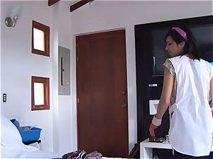 OPERACION LIMPIEZA - Colombian maid smashed gonzo pov