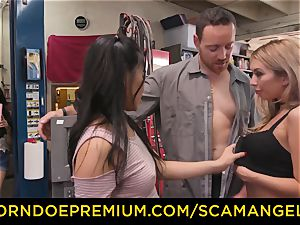 SCAM ANGELS - Blackmail threeway hump with kinky honies