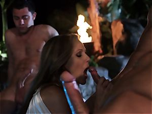 Julia Ann deep-throats a group of fuck-sticks in a pool