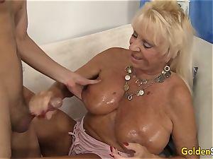 granny Mandy McGraw seduces man
