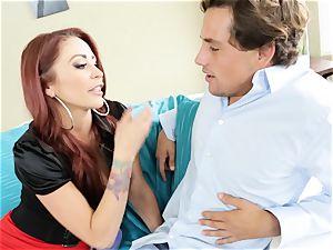 redhead mummy Monique Alexander drills a snooping toyboy