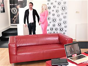 uncovered audition - dumping Czech stunner in molten casting