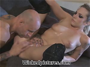 Rampant role have fun for Bailey Blue and a red-hot fellow