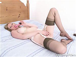 blondie mummy slips of panties stilettos plows toy in nylons