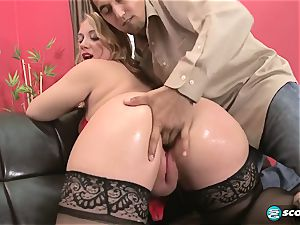 Brandi Sparks, phat donk phat ass white girl, curvaceous Gettig pounded