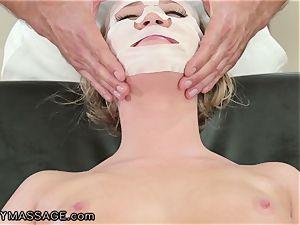 FantasyMassage Bailey Brooke On Top of masseurs man sausage!