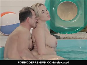RELAXXXED sensuous pool sex with Victoria Summers