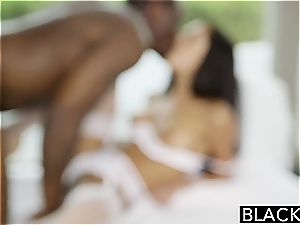 BLACKED girlfriend Chloe Amours very first Time With A big black cock