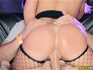 Joseline Kelly and Bailey Brooke drilling in the club